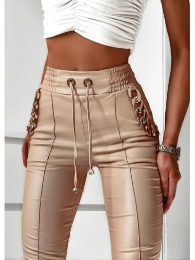 Beżowe spodnie woskowane